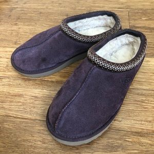 UGG *in stores now* Tasman slipper eggplant
